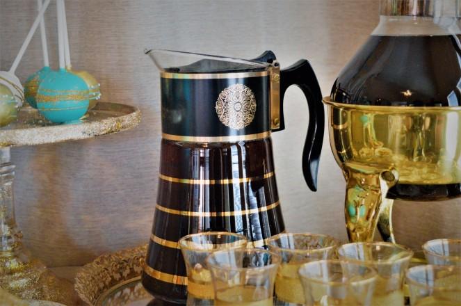 Retro Tea Carafe